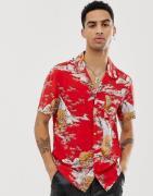 Camisa con cuello de solapas y estampado de tigre en rojo de AllSaints